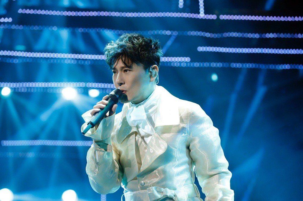 張信哲13日在北京開唱。圖╱潮水音樂提供