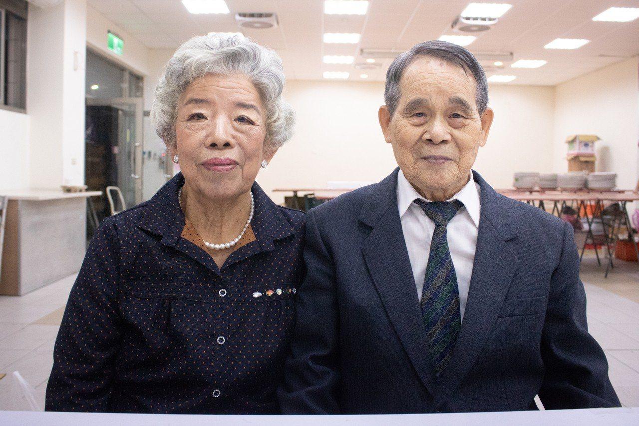89歲的林清泉與81歲的林呂阿森結婚63年,卻從來沒有辦過婚禮,今晚終於圓夢。記...