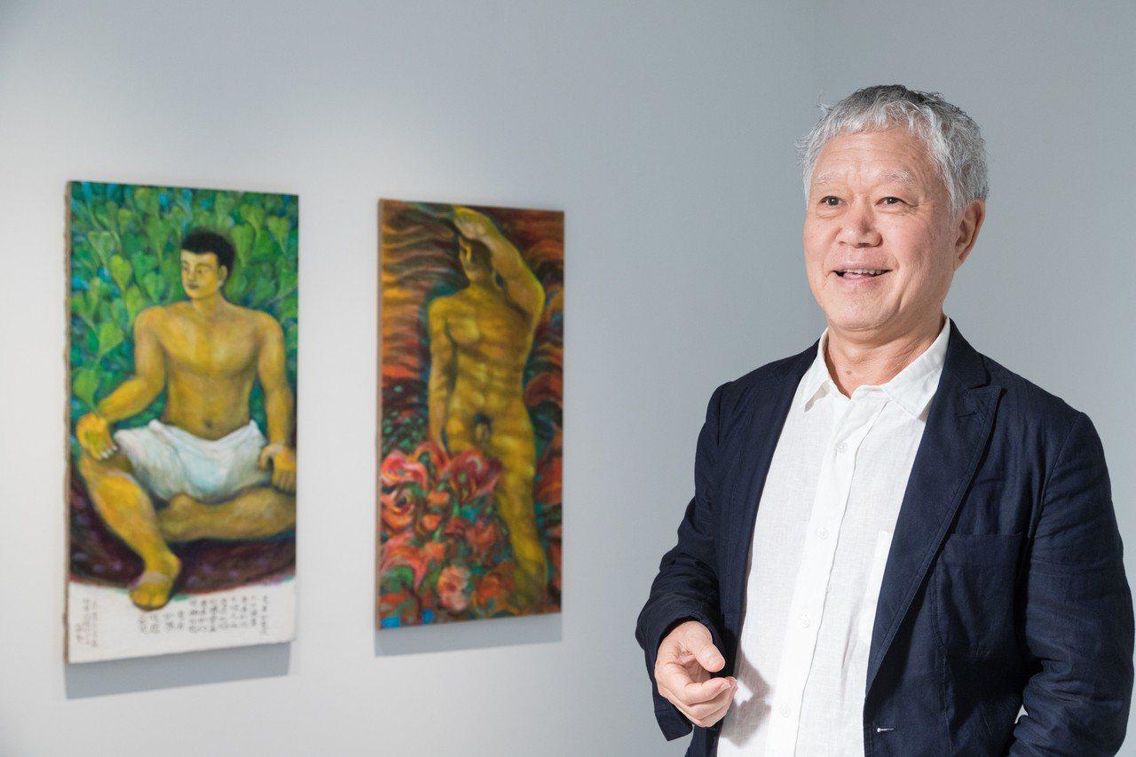 蔣勳與「肉身覺醒」作品。記者陳立凱/攝影