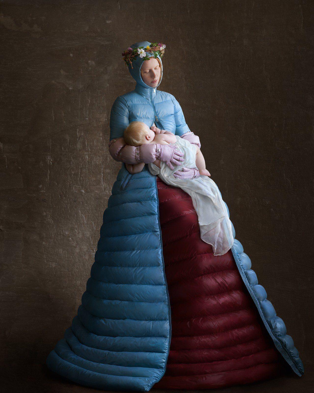 聖母像的聖潔與純粹,成為Pierpaolo Piccioli系列的靈感概念。圖/...