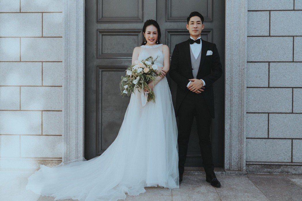 藍鈞天(右)將與老婆Fiona補辦婚宴。圖/寶麗來提供
