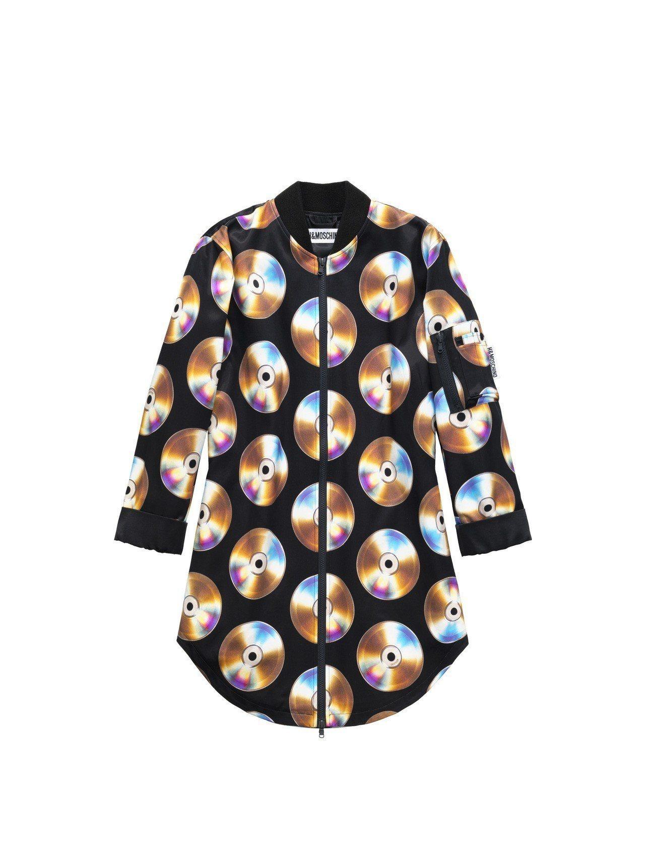 Moschino[TV] H&M系列女裝印花上衣,3,499元。圖/H&M提供