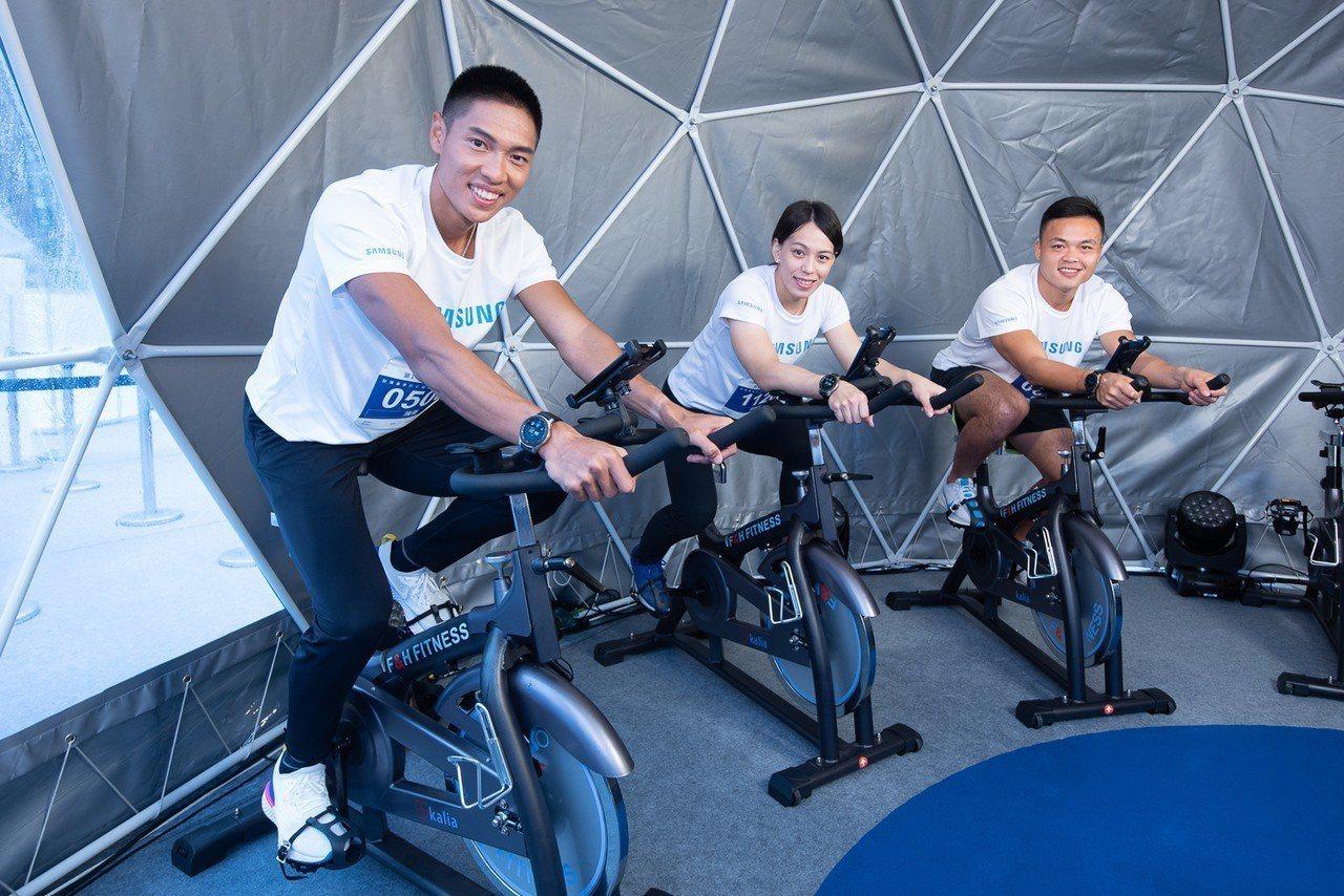亞運運動選手們參觀星美好體驗區,直呼超有趣。圖/台灣三星提供