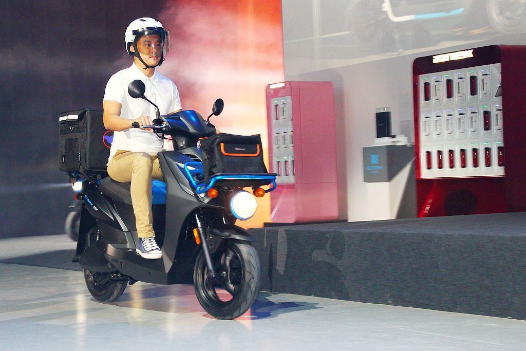 今年台灣外貿協會就集合30家廠商以「台灣電動車行銷聯盟」於印度新德里形象展上展示...