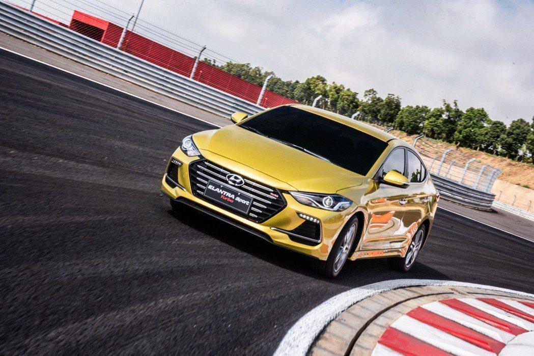 ELANTRA Sport堪稱是國產中型房車馬力王。 圖/南陽實業提供
