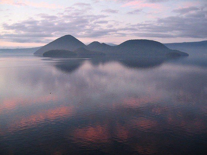 圖/洞爺湖。 Wikimedia