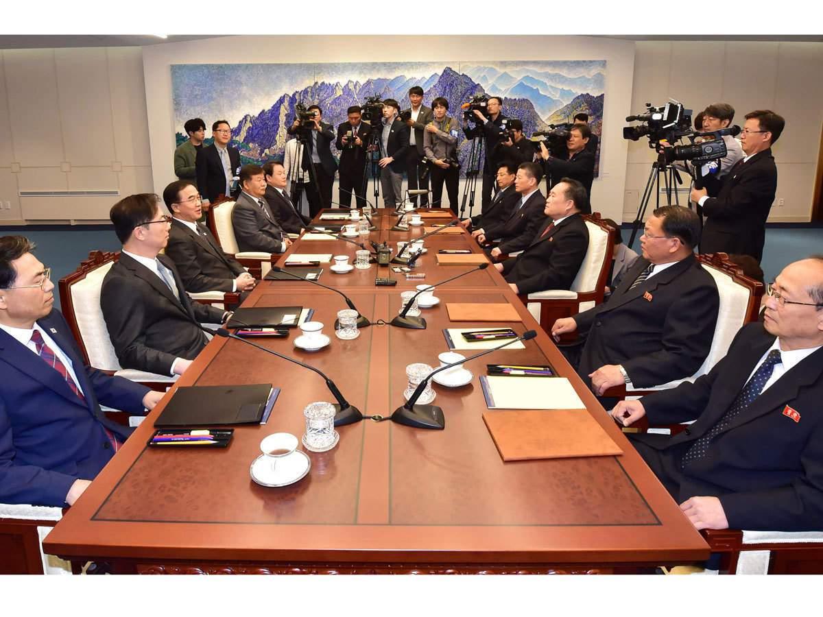 儘管非核化談判停滯不前,南韓一個百人代表團今天仍如期前往北韓,參加連接分裂朝鮮半...
