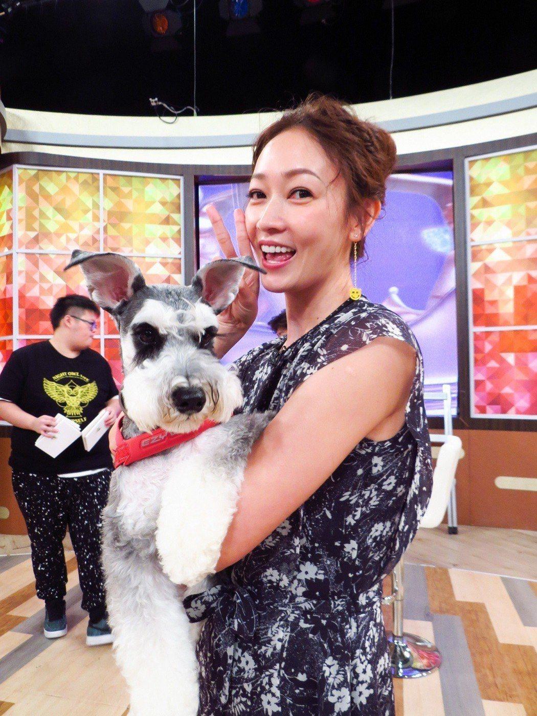 潘慧如與愛犬小寶。圖/衛視中文台提供