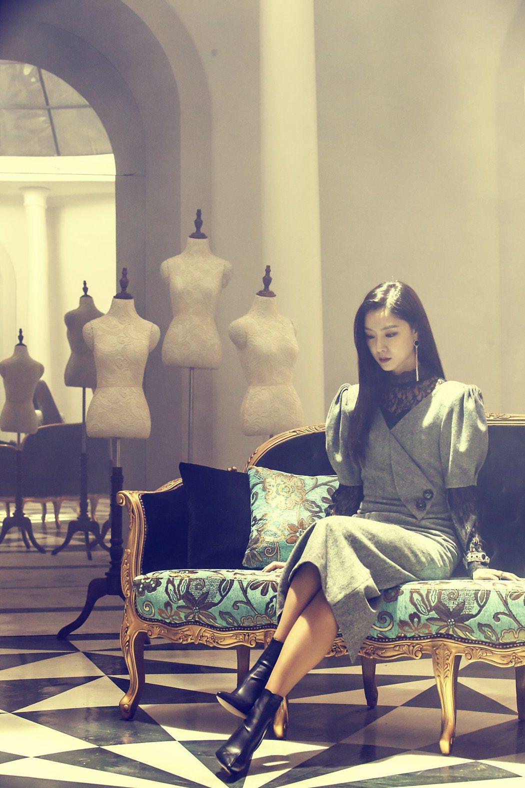 因為洋裝店的棚內很多鏡子,徐智慧拍完戲總會頭暈。圖/緯來提供
