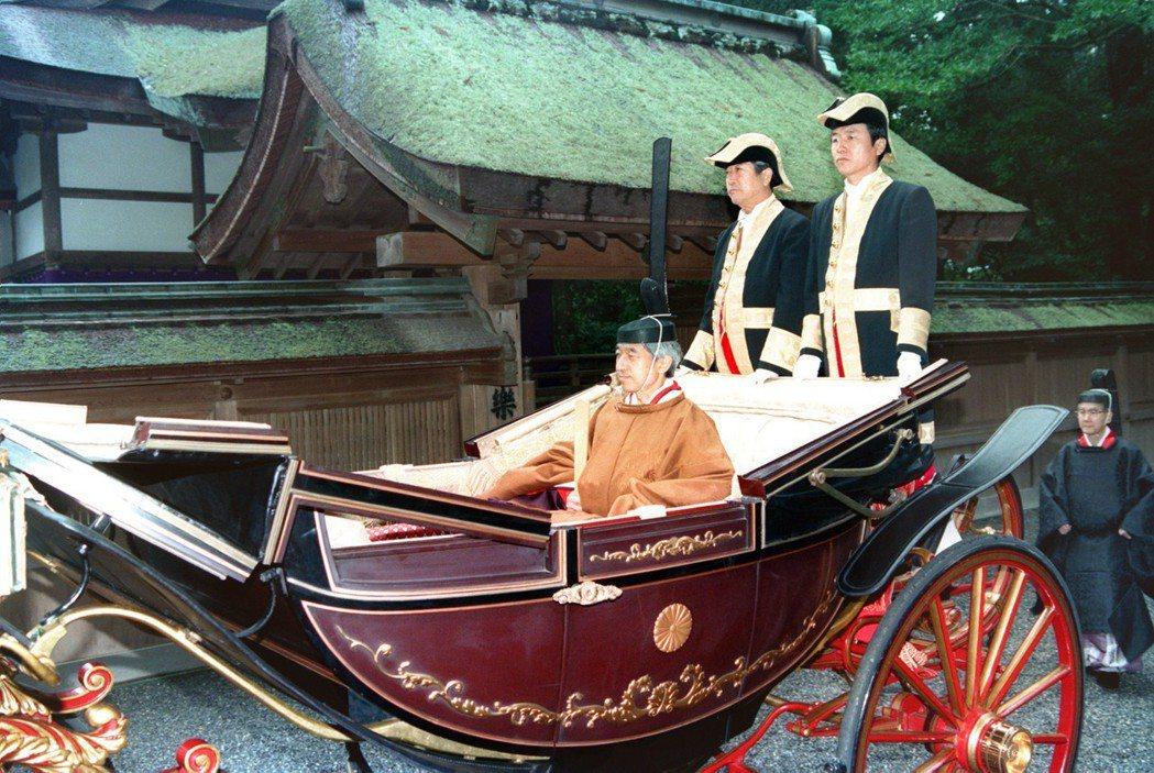 明治時代的神道被設定為強化國民向心力的一環,而形成了由政府主導的「國家神道」。圖...