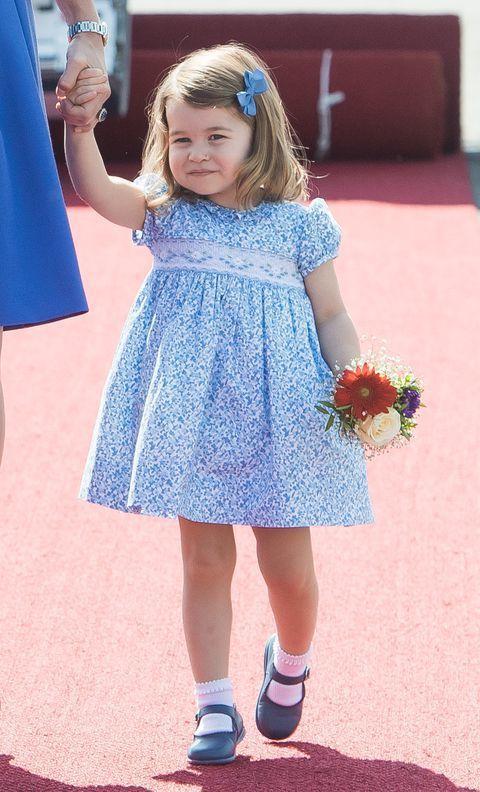 夏綠蒂公主經常穿碎花洋裝。圖/摘自Pinterest