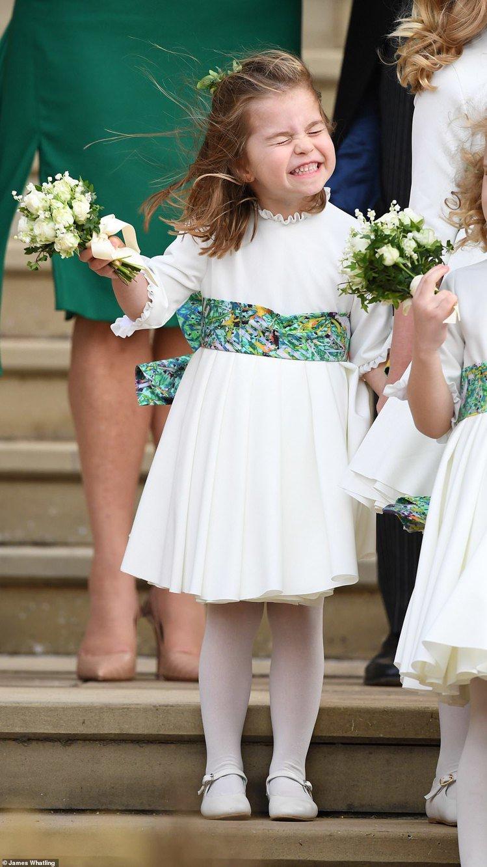 夏綠蒂公主日前在尤吉尼公主婚禮上穿的衣服出自Amaia Kids,超萌笑容融化粉...
