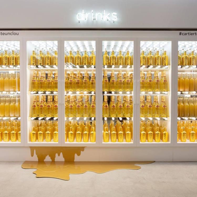 Cartier日前在東京表參道舉辦快閃店活動,陳列美如藝術品。圖/取自IG