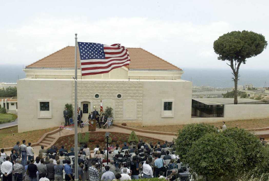 美國駐貝魯特大使館1983年曾遭自殺炸彈攻擊。(法新社)