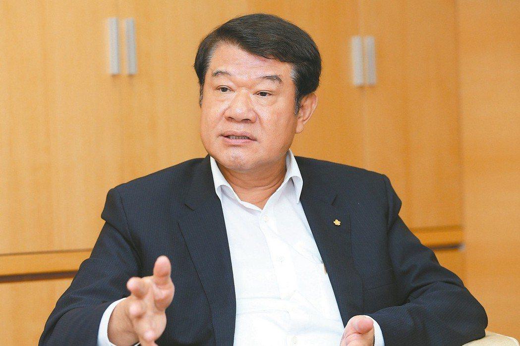 華航董事長何煖軒。 報系資料照