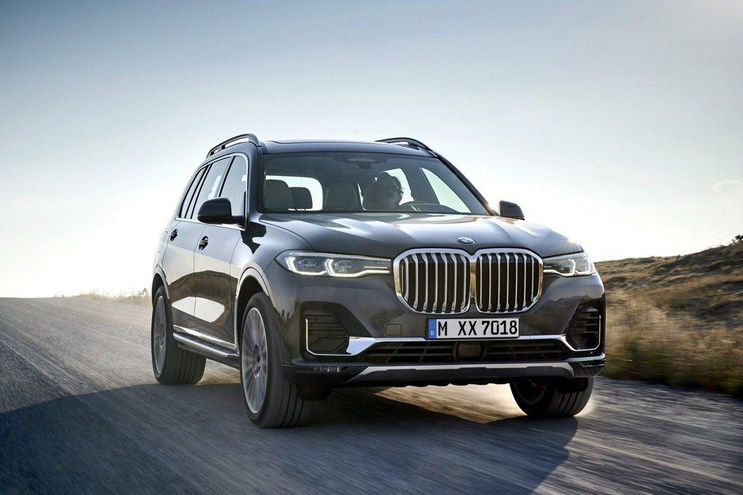 全新BMW X7預計將在明年三月正式上市。 摘自BMW