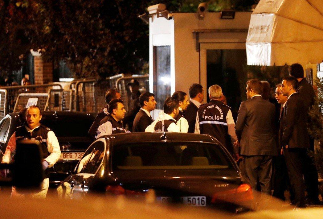這雖迫使沙烏地政府在10月15日深夜開放領使館供土耳其檢方蒐證、美國國務卿亦緊急...