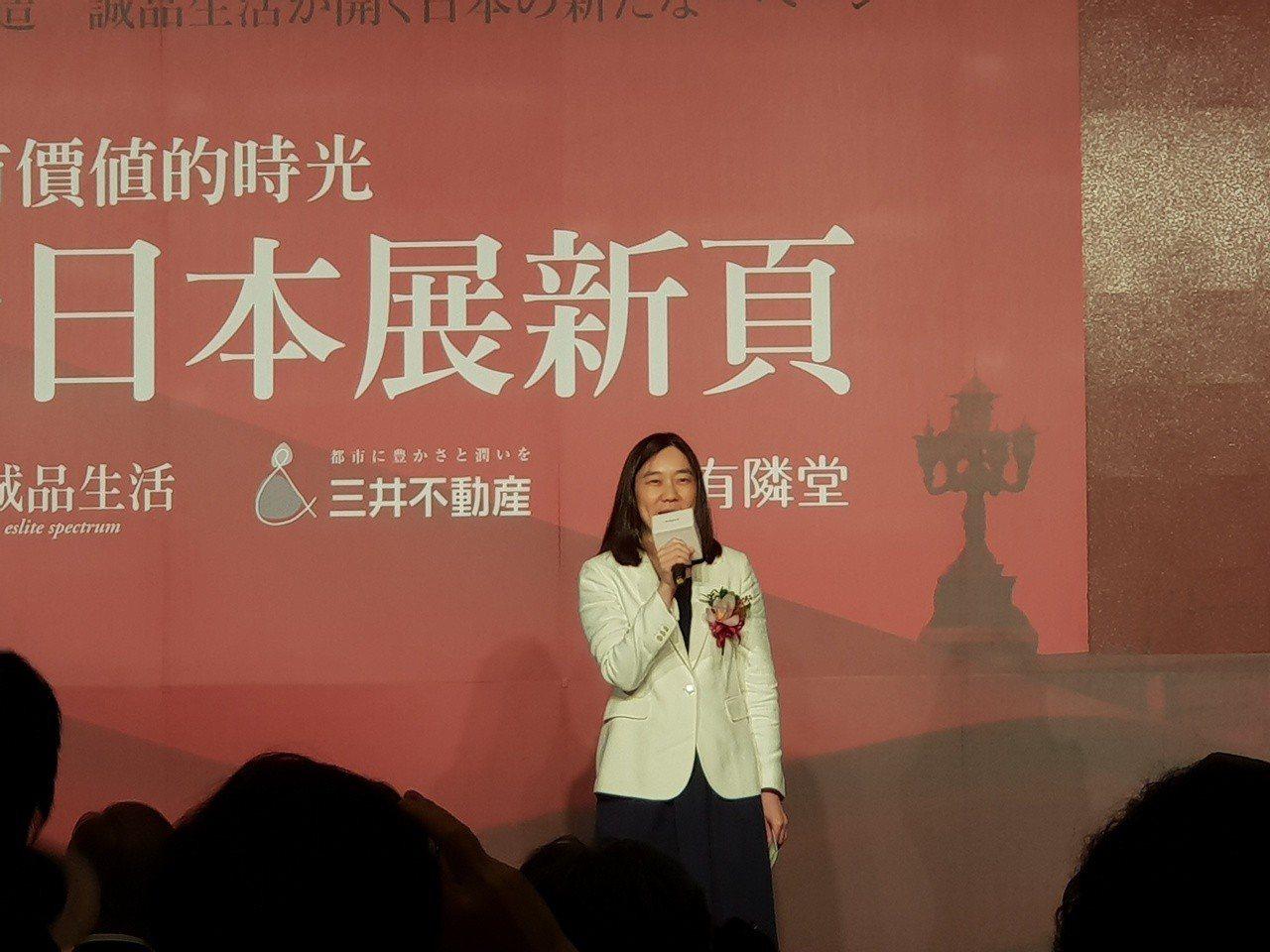 吳旻潔說,占地3萬平方米的深圳大店年底將開幕。記者陳宛茜/ 攝影