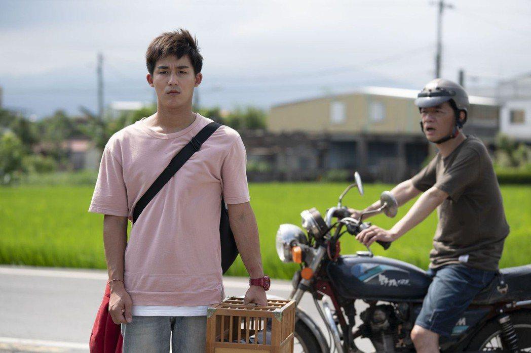 吳朋奉(右)與李博翔首度合作卻相當有默契。圖/公視提供