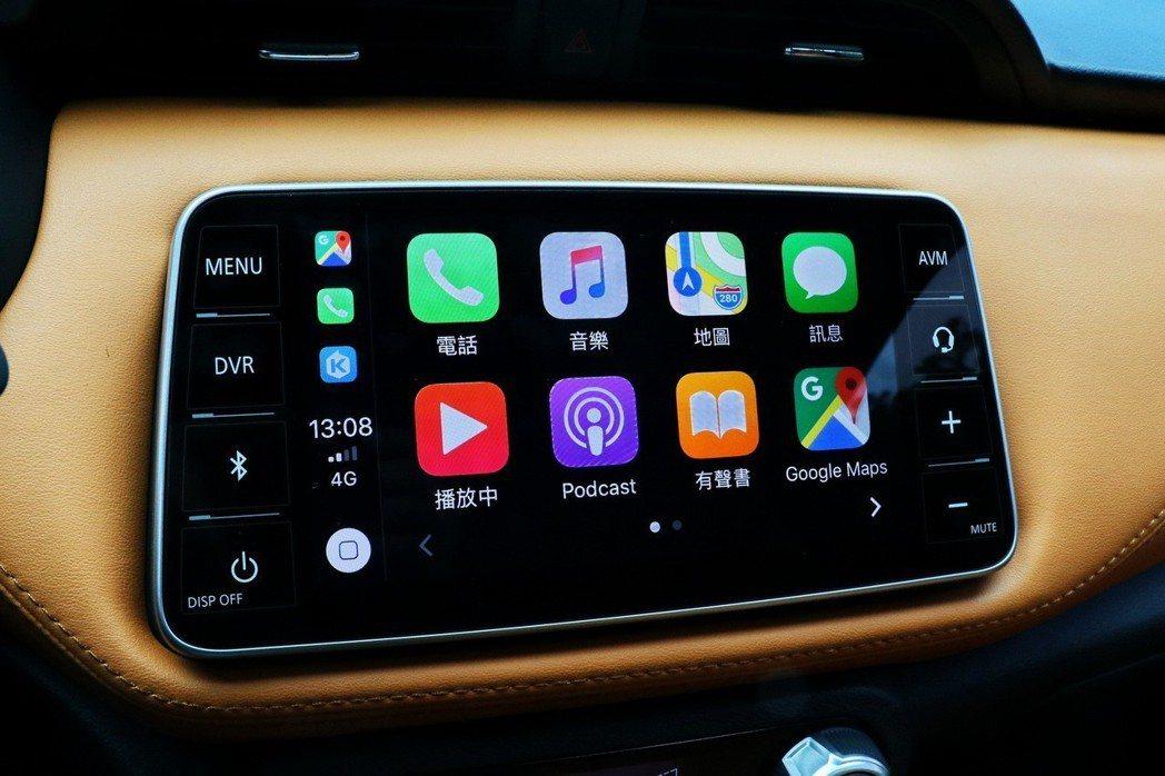支援Apple CarPlay與Android Auto功能。 記者陳威任/攝影