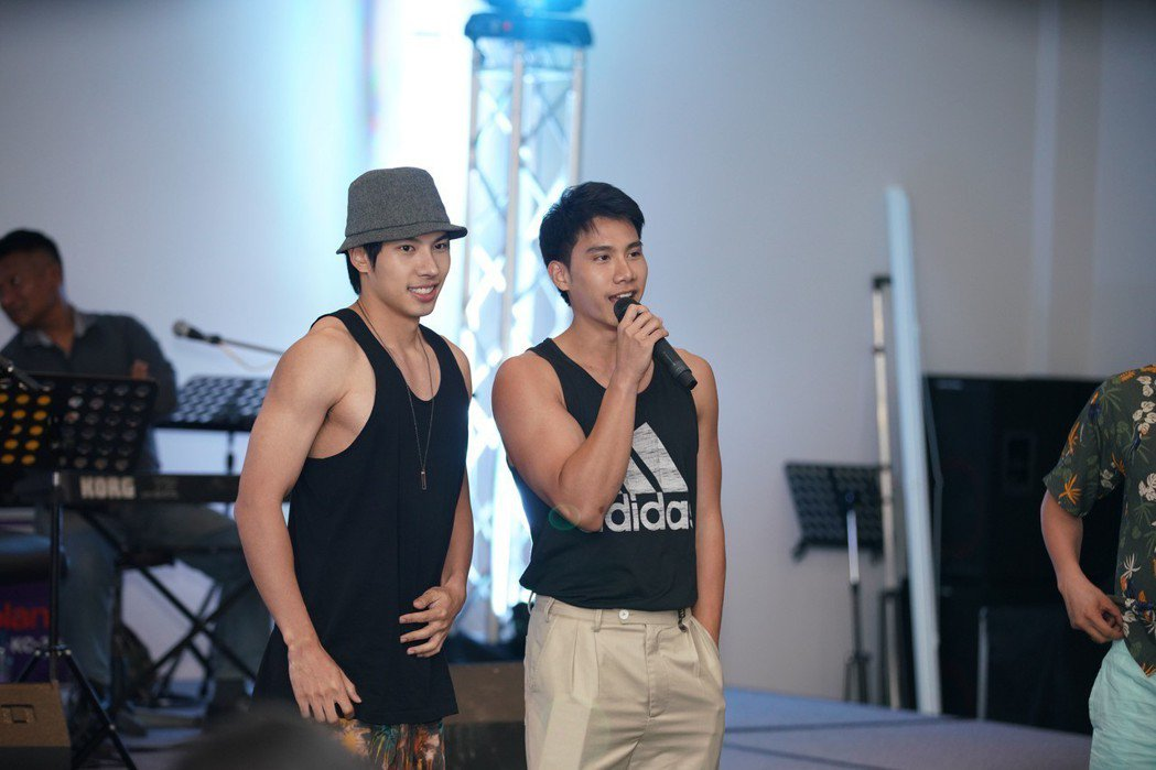 泰國BL劇「醉後愛上你2」主演Tul(左)、Max。將來台宣傳。圖/CHOCO ...