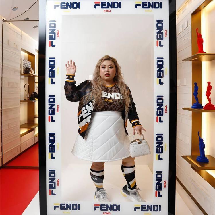 渡邊直美出席日本場次FENDI Mania系列活動。圖/取自IG