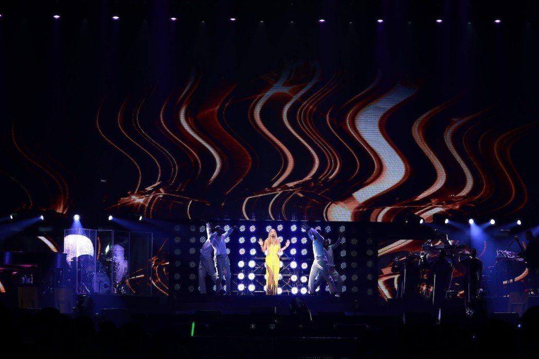 瑪麗亞凱莉第3度來台演出,登上林口體育館。圖/晧星文化提供