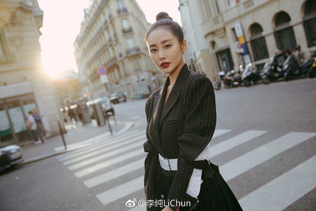 李純在「如懿傳」中飾演「炩皇貴妃」耍盡心機,令觀眾恨得牙癢癢。圖/摘自微博