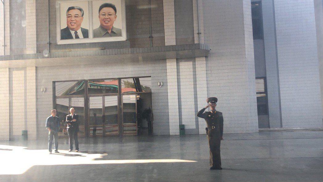 北韓新義州車站。記者侯俐安/攝影