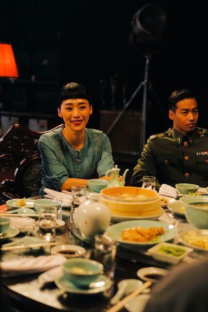 吳可熙在趙德胤VR新片「幕後」中挑戰吃了50顆水餃。圖/HTC提供