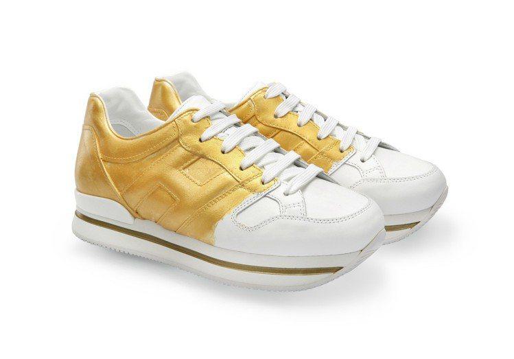台北101限定款-HOGAN H222金屬刷色休閒鞋,18,300元。圖/迪生提...