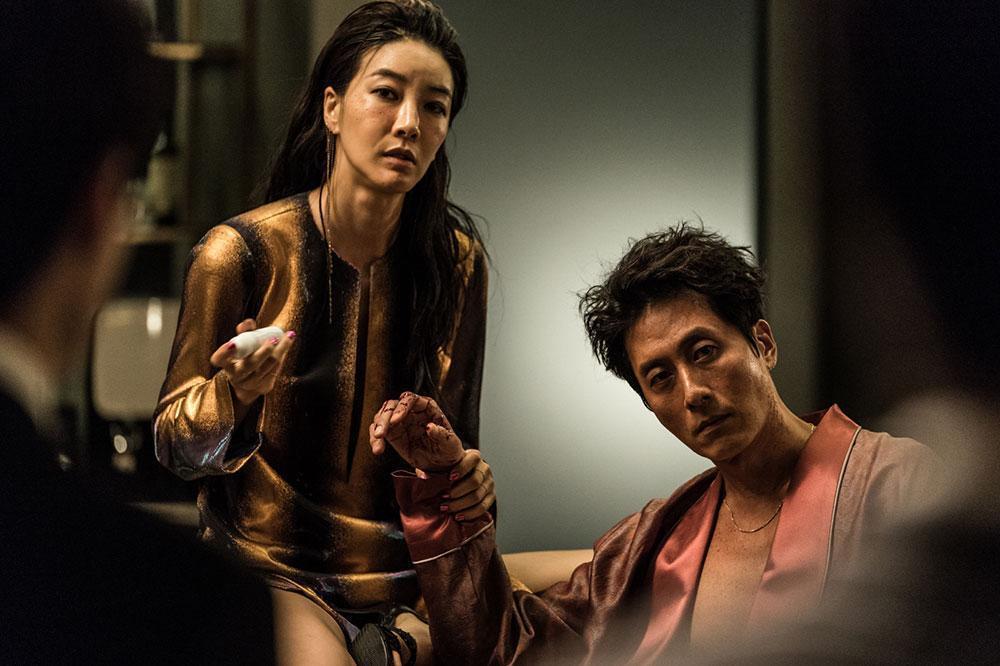金柱赫和京熙妍分別獲得男女配角獎。圖/車庫娛樂提供