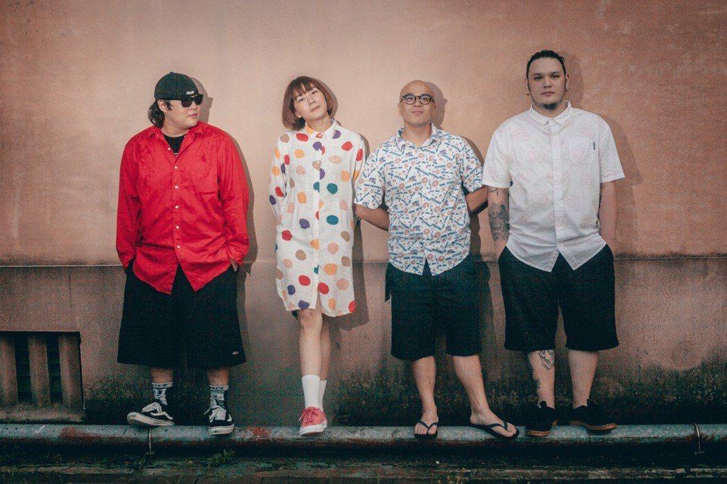 「怕胖團」4名成員花2個月時間減重30公斤。圖/歪的音樂提供