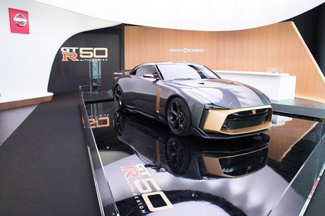戰神的金鎧甲 Nissan GT-R50 by Italdesign 東京銀座現身