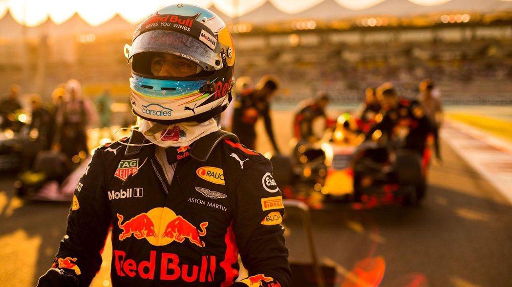 Red Bull則表示Ric的合約還沒走完。 摘自Red Bull