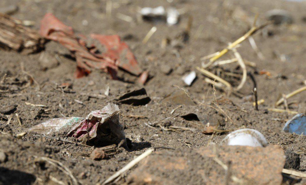 奧地利的科學家在人類糞便中檢測到了微小的塑料。圖/美聯社