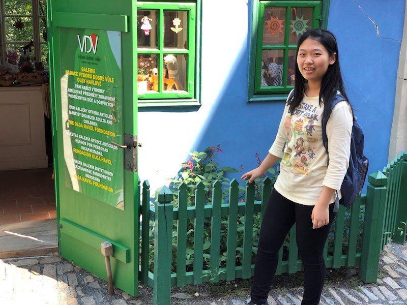 方星懿的英語學習管道,能夠滿足她追求新知,又可與興趣接軌。(照片提供/方星懿)