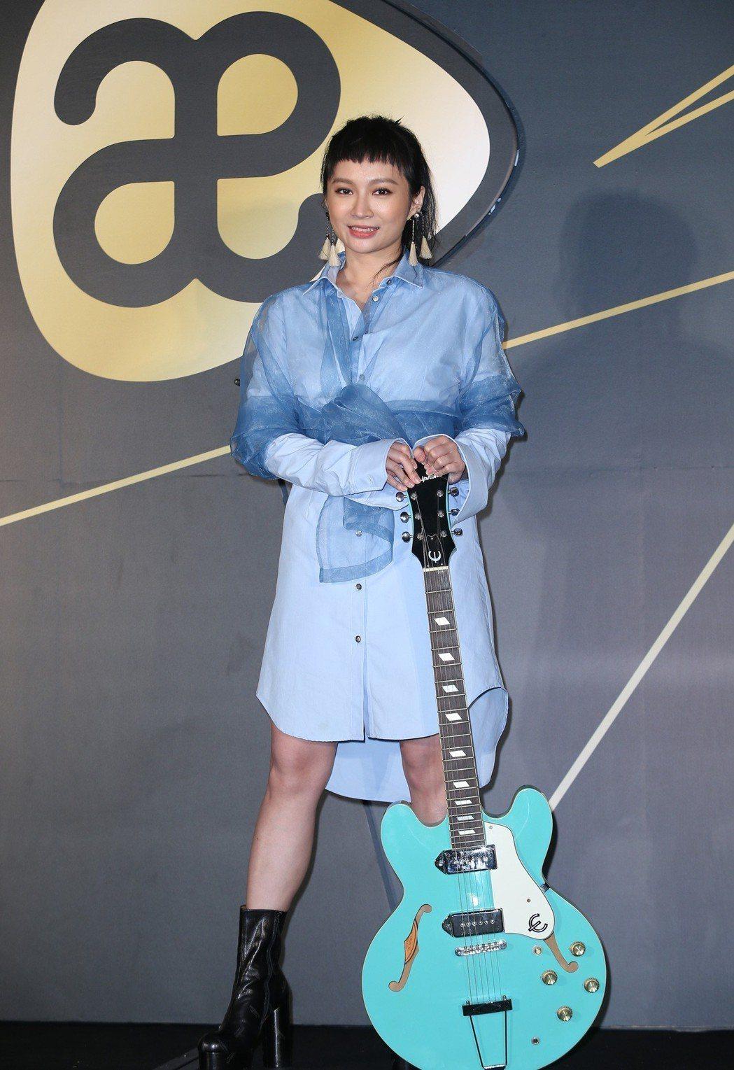 Faye詹雯婷出席加盟亞神音樂全亞洲簽約記者會。記者曾吉松/攝影