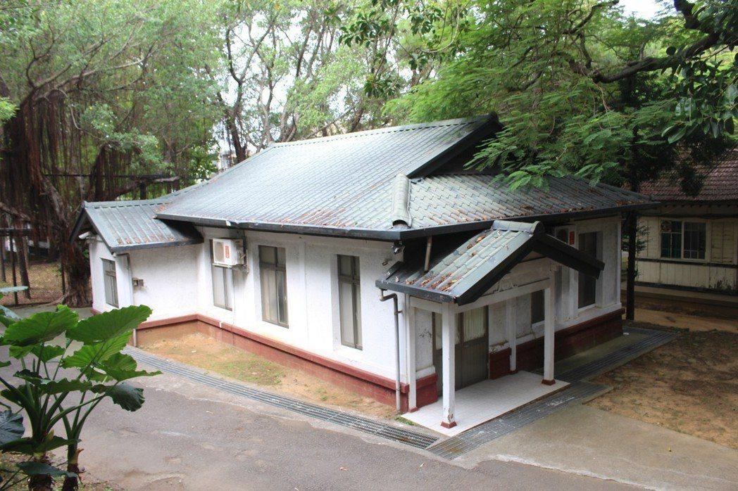 新竹收容所內部保留日據時期古蹟,未來整修後將開放參觀。 記者張雅婷/攝影