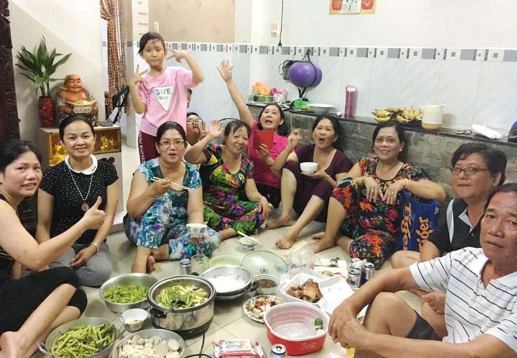 今年夏天,林宗洧和媽媽回越南與家人團聚,這才發現他羞於啟齒的另一個家鄉反而讓自己...