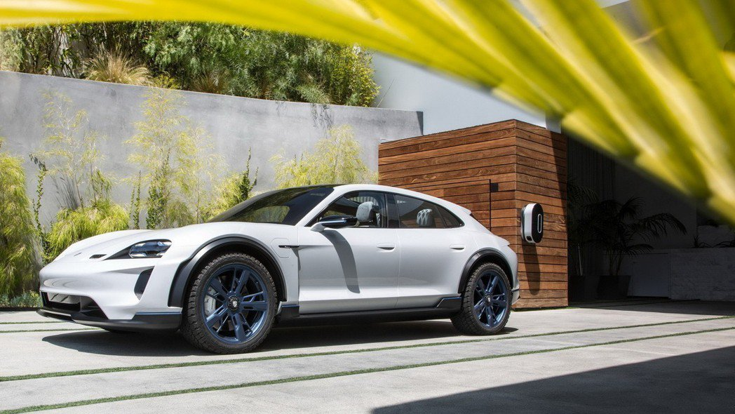 Porsche Mission E Cross Turismo預計將有高達500...