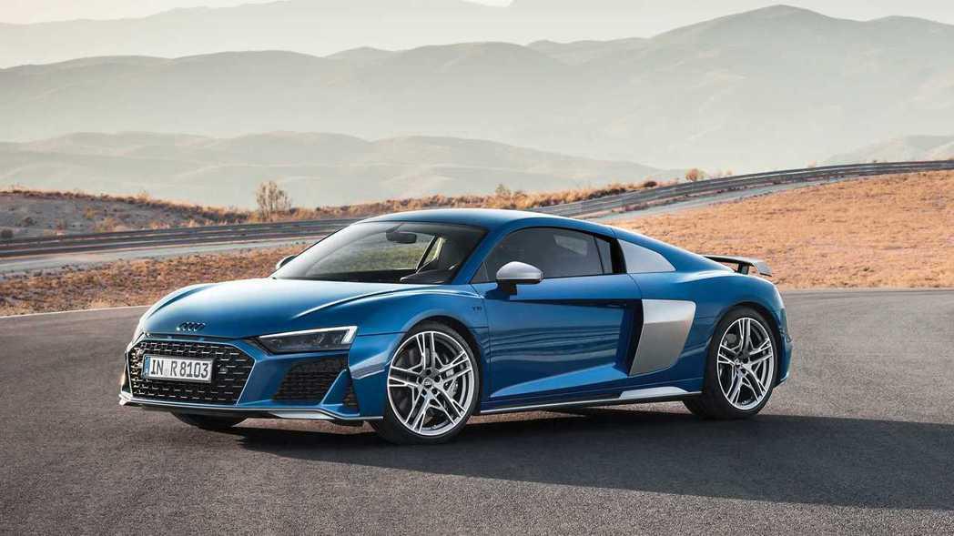 小改款R8新增全新造型的 19、20 吋五輻式鋁圈。 摘自Audi