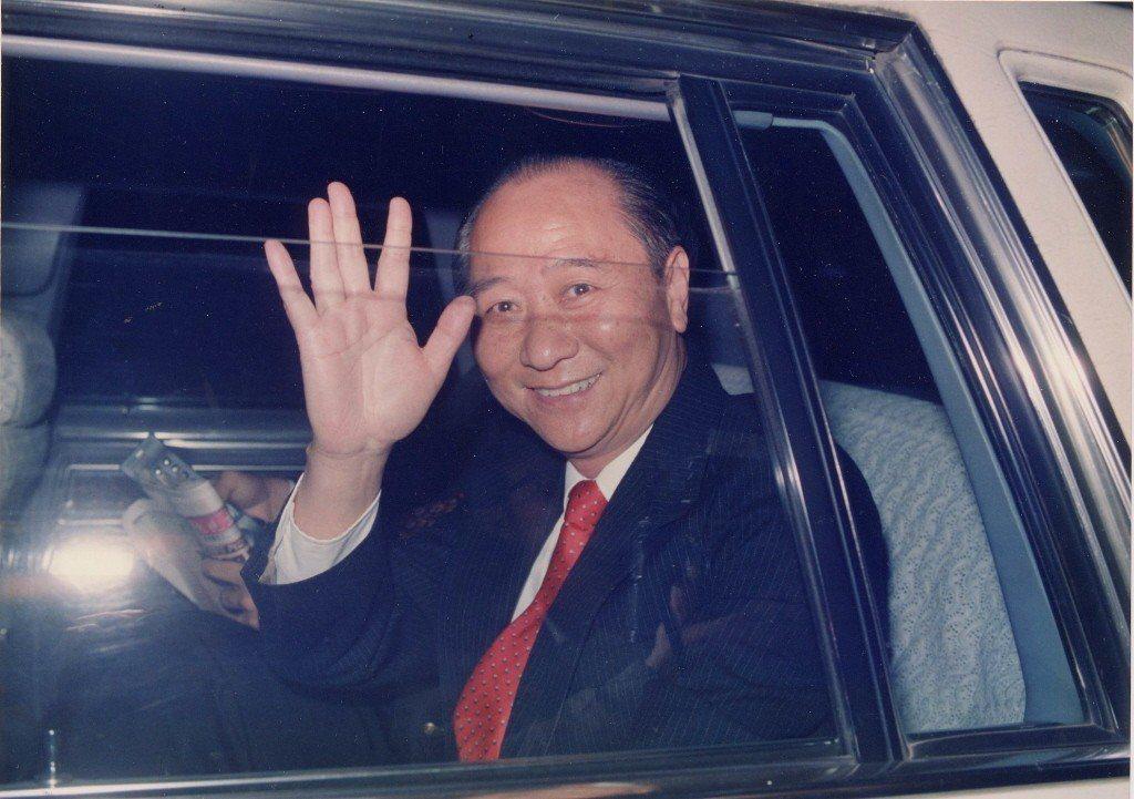 2004年10月,前情報局局長汪希苓為法庭審判江南案時,挑起所有責任,稱他當時只...