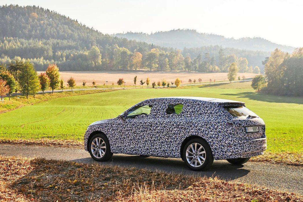 全新ŠKODA Scala搭載Volkswagen集團的MQB A0模組化底盤。...