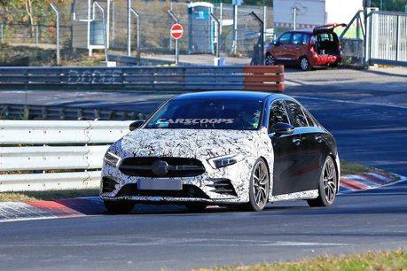 全新Mercedes-AMG A35 Sedan紐伯林測試 真是又快又厲害!