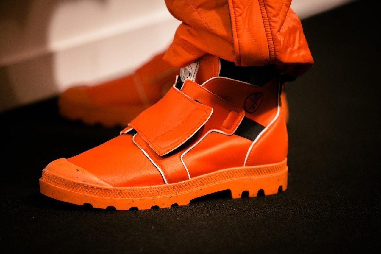 法國軍靴品牌Palladium再度與英國設計師Christopher Raebu...