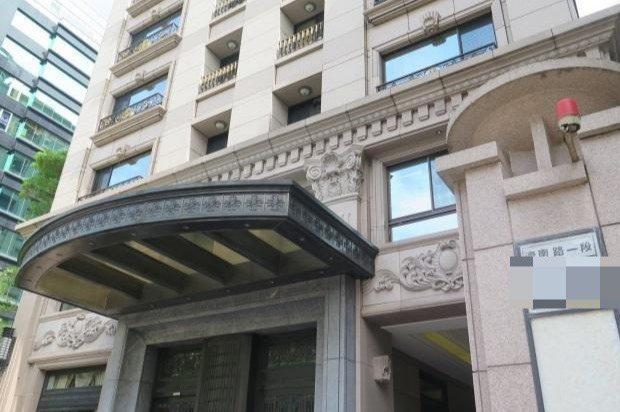 台北市濟南路1段的7樓拍賣建物外觀。圖/台北分署提供