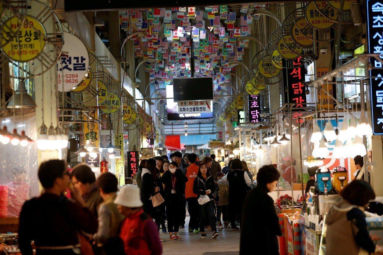 南韓人均GDP今年可望超越3萬美元。 路透
