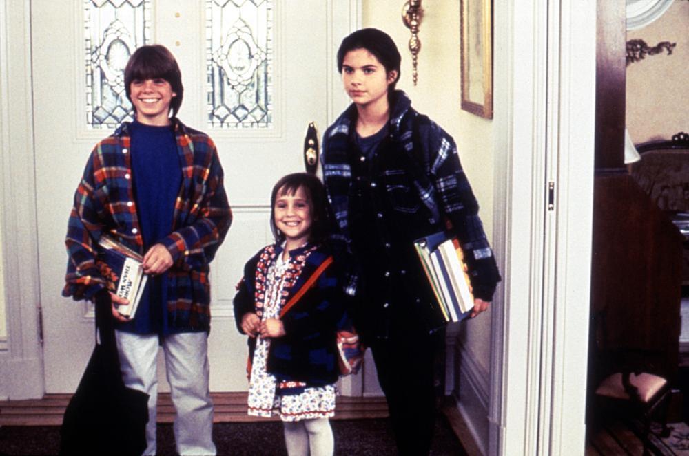 馬修勞倫斯(左起)、瑪拉威爾森、麗莎雅各在「窈窕奶爸」都是模樣可愛的童星。圖/摘...