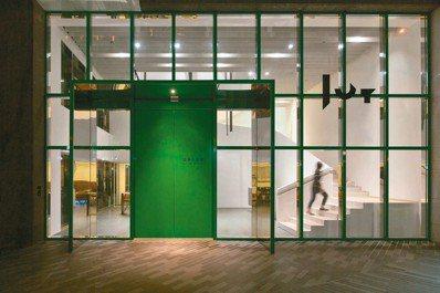 忠泰美術館是台灣首座聚焦「未來」與「城市」議題的美術館。 圖/楊三郎美術館、鳳甲...
